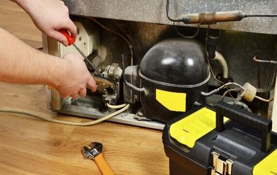 Refrigerator Repairing 1